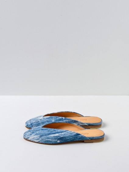 Athena L Blue White